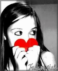 Mets ton coeur devant un miroir, il refletera ton image.