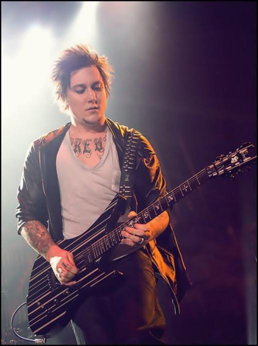 Synyster Gates ♥