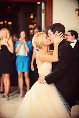 «Quand je t'ai vu, j'ai eu peur de te rencontrer. Quand je t'ai rencontré, j'ai eu peur de t'embrasser. Quand je t'ai embrassé, j'ai eu peur de t'aimer. Maintenant que je t'aime, j'ai peur de te perdre» -♥