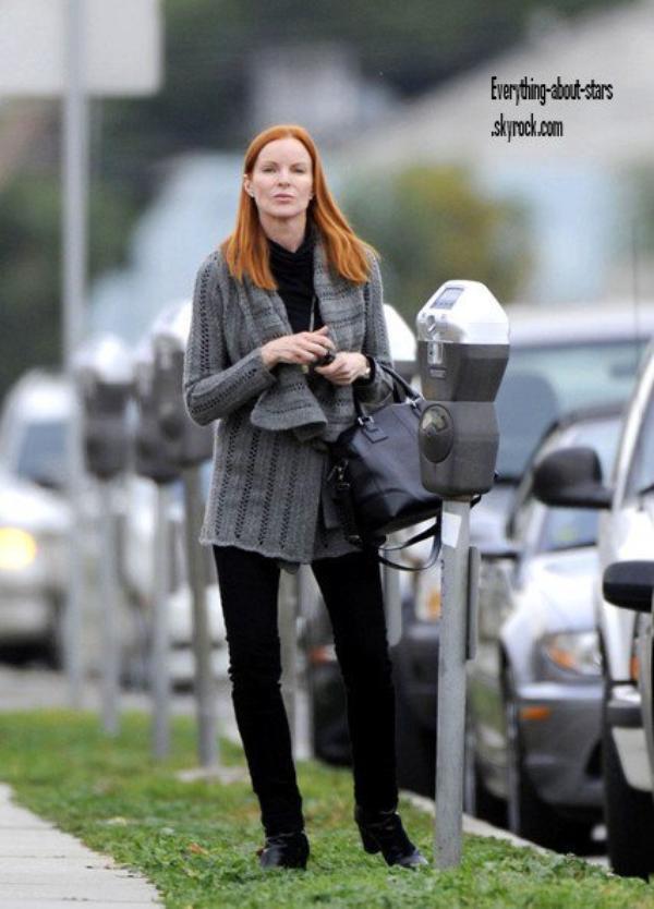 Candid: Marcia aperçue allant faire quelques courses  le 6 Février  2012