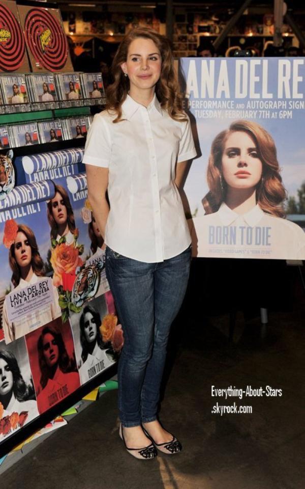 """Evénement: Lana été à l'événement """" Amoeba Records """" à Los Angeles   le 7 Février 2012"""