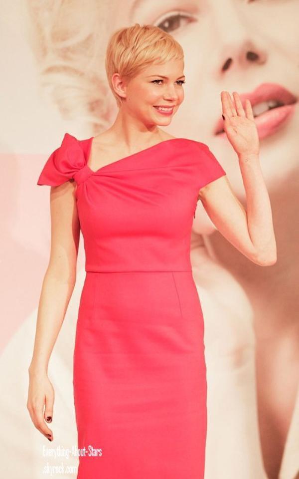 """Evénement: Michelle a été repéré lors d'une conférence de presse pour son film """"My Week With Marilyn"""" à Tokyo    le 14 Mars 2012"""