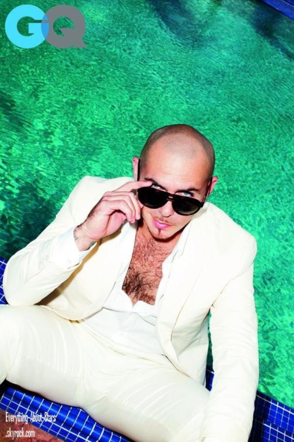 Magazine: Pitbull pose pour le magazine GQ