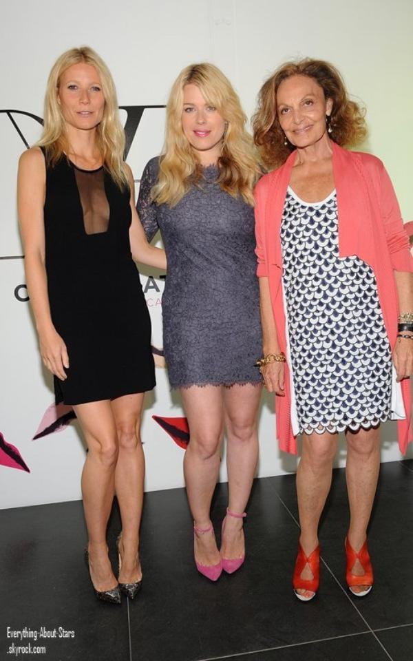 """Gwyneth Paltrow a été repéré à la célébration du lancement de """" The Conversation """" à New York    le 6 Mai 2012"""
