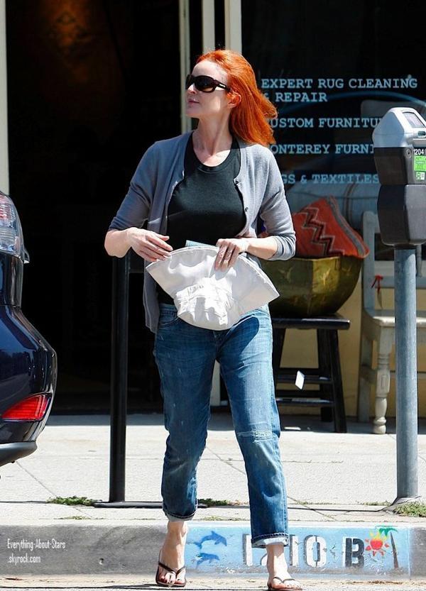 Marcia Cross a été repérée se rendant faire quelques courses à Santa Monica.  le 6 Mai 2012