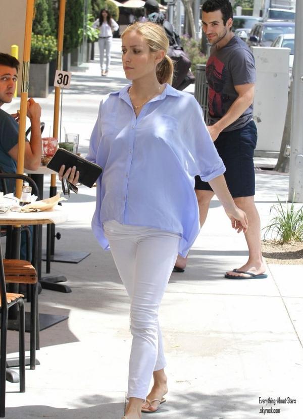 Kristin Cavallari a été photographié dans les rues à Los Angeles.  le 18 Mai 2012