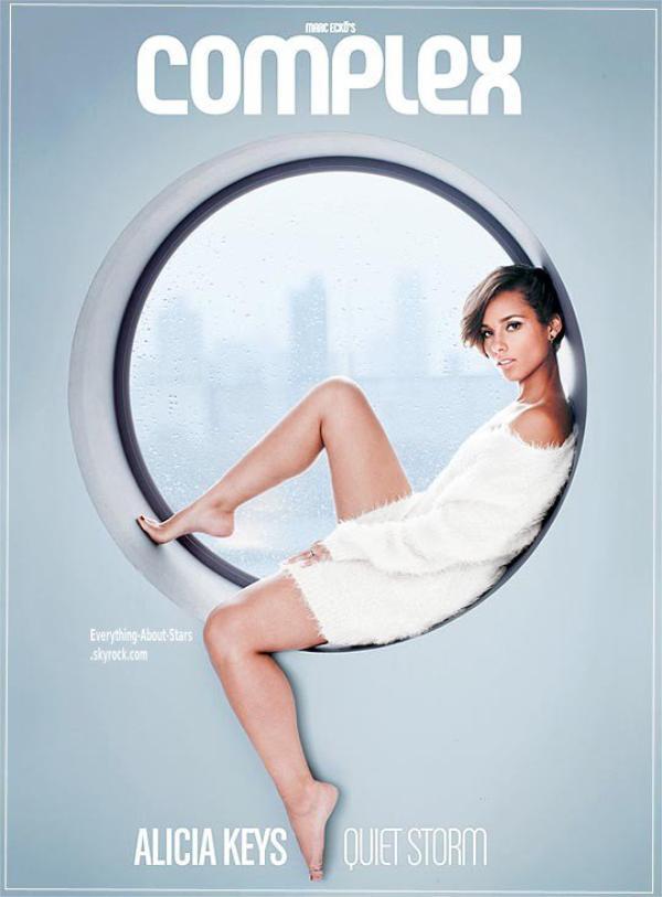 Alicia Keys en couverture de COMPLEX: