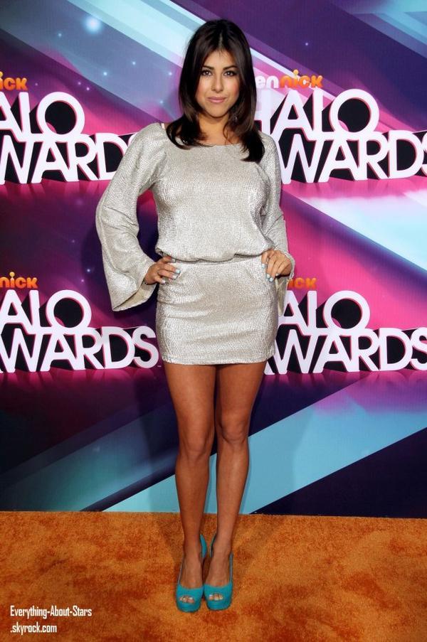 Victoria Justice, Lucy Hale, Mariah Carey et Daniella Monet étaient à la cérémonie des TeenNick Halo Awards 2012 à Los Angeles  le 17 Novembre 2012