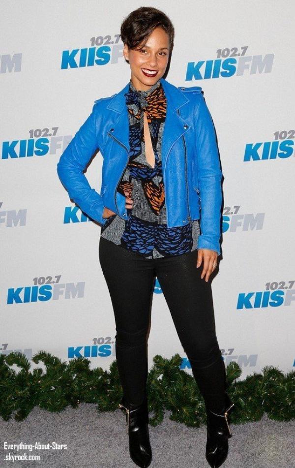 Kendall et Kylie Jenner, Alicia Keys, Kesha, Jordin Sparks et Jason Derulo ont assister à 2012 KIIS FM Jingle Ball à Los Angeles  le 3 Décembre 2012