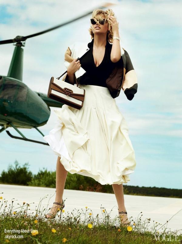 Kate Upton en couverture de VOGUE