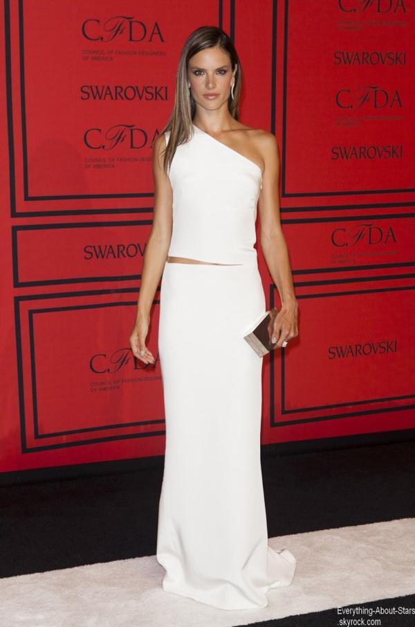 """Miranda Kerr, Alessandra Ambrosio, Adriana Lima et Candice Swanepoel étaient à la soirée soirée des """"CFDA Fashion Awards""""   Le 3 juin 2013"""