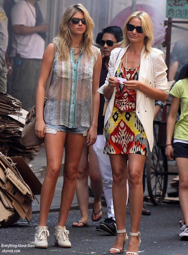 Kate Upton et Cameron Diaz en train de tourner une scéne pour le film The Other Woman à Chinetown  Le 24  juin  2013