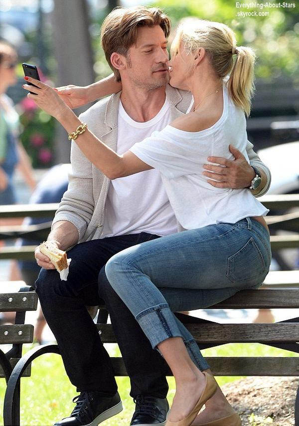 Cameron Diaz et sa co-star Nikola Coster-Waldau en train de tourner une nouvelle scéne pour The other Woman à New York City   Le 24 juin  2013
