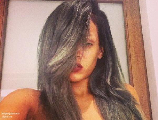 Découvrez la nouvelle coupe de cheveux de Rihanna