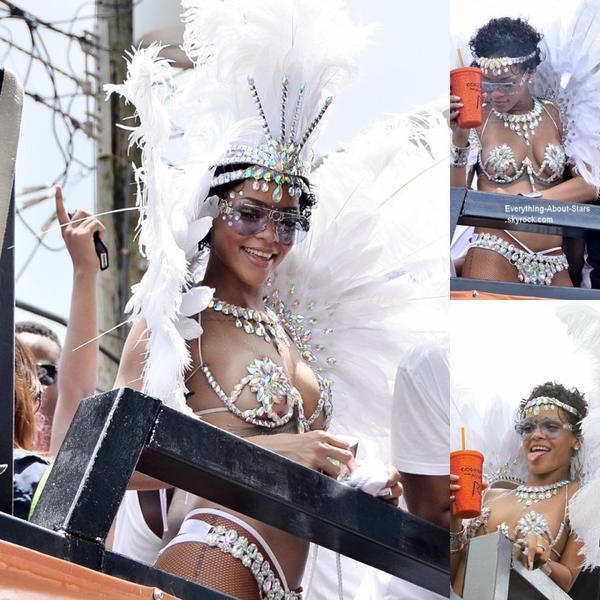 Rihanna et ses amies se sont rendues à la parade du festival « Crop Over » à la Barbade  Le 4 Août 2013