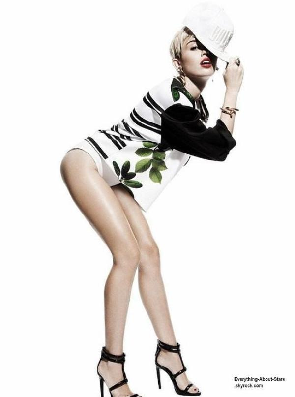 "Miley Cyrus pose pour le magazine ""Notion Magazine"""