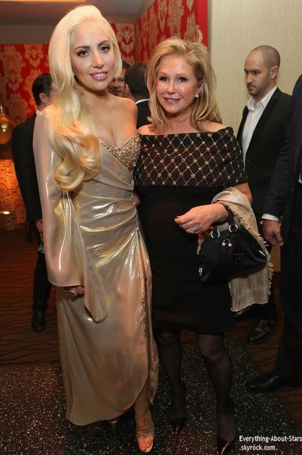 GOLDEN GLOBES AWARDS 2014   Lady Gaga et son boyfriend Taylor Kinney se sont rendus à la soirée organisée après les Golden Globes