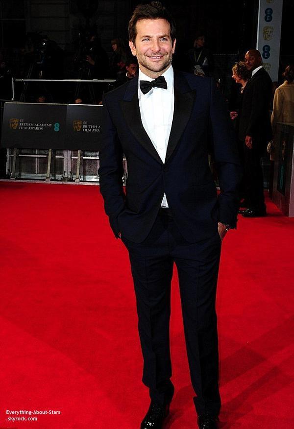 The British Academy Film Awards 2014   Bradley Cooper sur le tapis rouge des British Academy Film Awards2014 qui s'est déroulé au Royal Opera House à Londres.