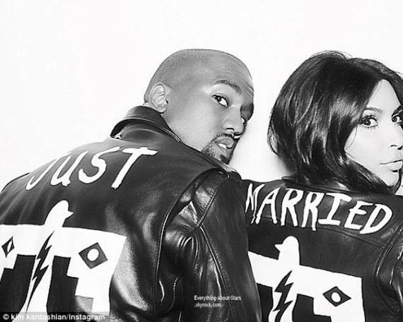 """C'est sur la scéne du festival Wireless à Londres que Kanye West s'est confié à ses fans : """"Il y a sept ans, j'ai dit à Kim que je l'épouserai et c'est ce qui s'est passé. Je voulais juste faire quelque chose de génial, être génial et changer le monde : et c'est exactement ce que je projette de faire."""""""