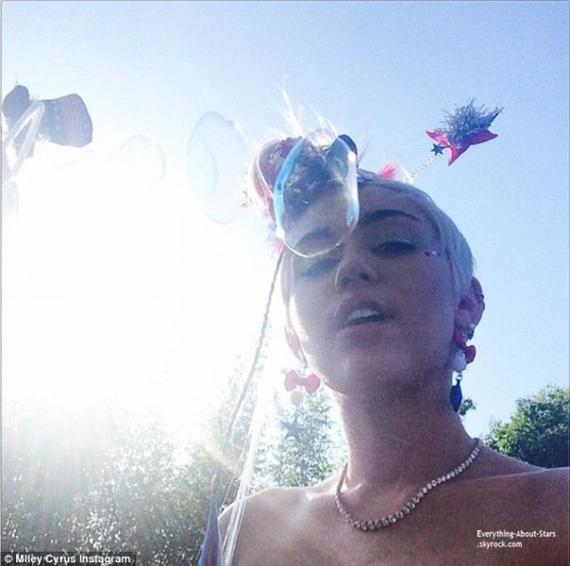 Miley Cyrus à posté des photos sur son compte Instagram à l'occasion de la fête de l'indépendance