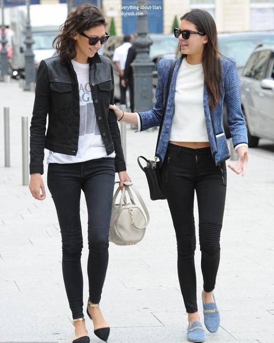 06/07/14: Kendall Jenner repérée dans les rues de Paris avec une amie