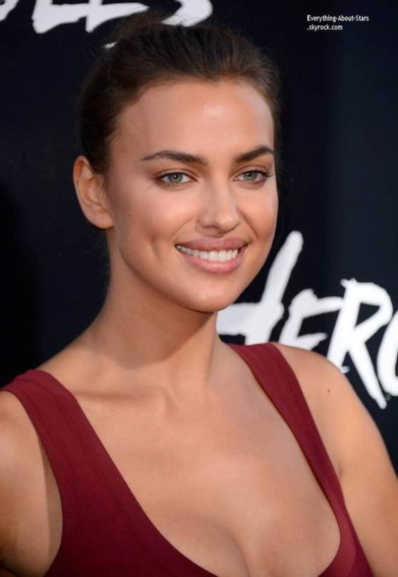 24/07/14: Irina Shayk s'est rendu à l'avant première du film  Hercule à Hollywood
