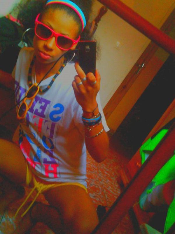 ●๋•. --  I ♥ Amiies ,, I ♥ sOrtiies ,, I ♥ Friingues ,, I ♥ Pariis ,, I ♥ lOndres ,, I ♥ tOp mOdel ,, I ♥ Sliim ,, I ♥ cOnverses ,, I ♥ Riires ,, I ♥ Musiique ,, , I ♥ bOnbOns ,, I ♥ Ciinéma ,, I ♥ Viille ,, I ♥ Vancances ,, I ♥ rOuge A Lèvre ,, I ♥ New yOrk ,, I ♥ Danse ,, I ♥ bOutiique ,, I ♥ cOuleurs Flash ,, I ♥ MSN ,, I ♥ SMS ,, I ♥ sOuriire ,, I ♥ bOnheur  -- .• ๋●