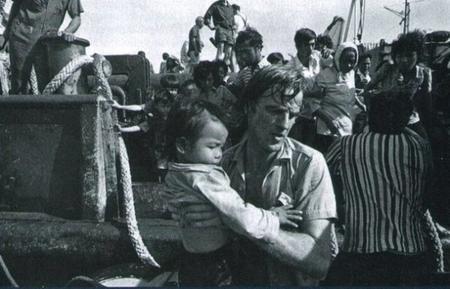 Ça s'est passé un 14 décembre : le droit d'ingérence humanitaire
