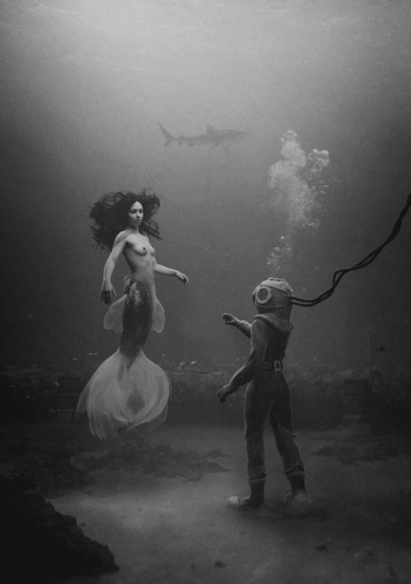 .   -Tousleshommes craignent de sefaireposséder parune sirène.  .