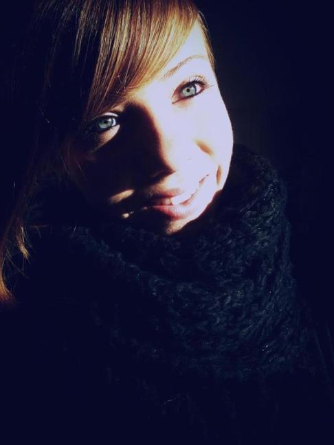 Je veux être au bras de la sincérité. Je veux être lèvre à lèvre avec l'honnêteté.