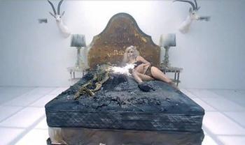Bad Romance (suite)