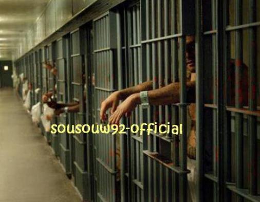Dialetnik / Prisonnier de ce bas monde (2012)