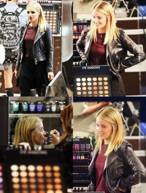 Dianna Agron dans un magasin Makeup Forever le 20 Décembre