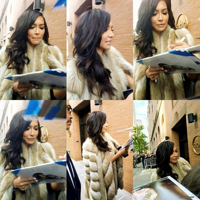 11/11/14:Naya dans l'émission The View.