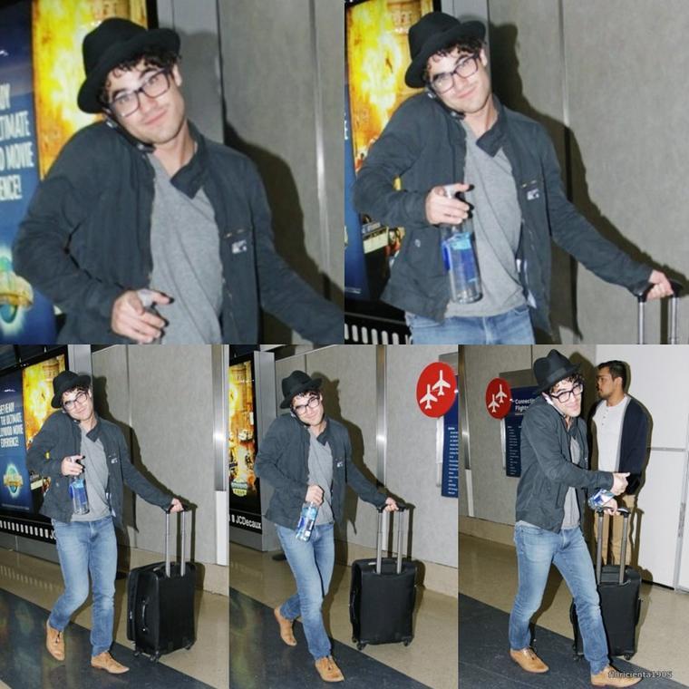 14/11/14:Darren a été aperçu à l'aeroport de LAX