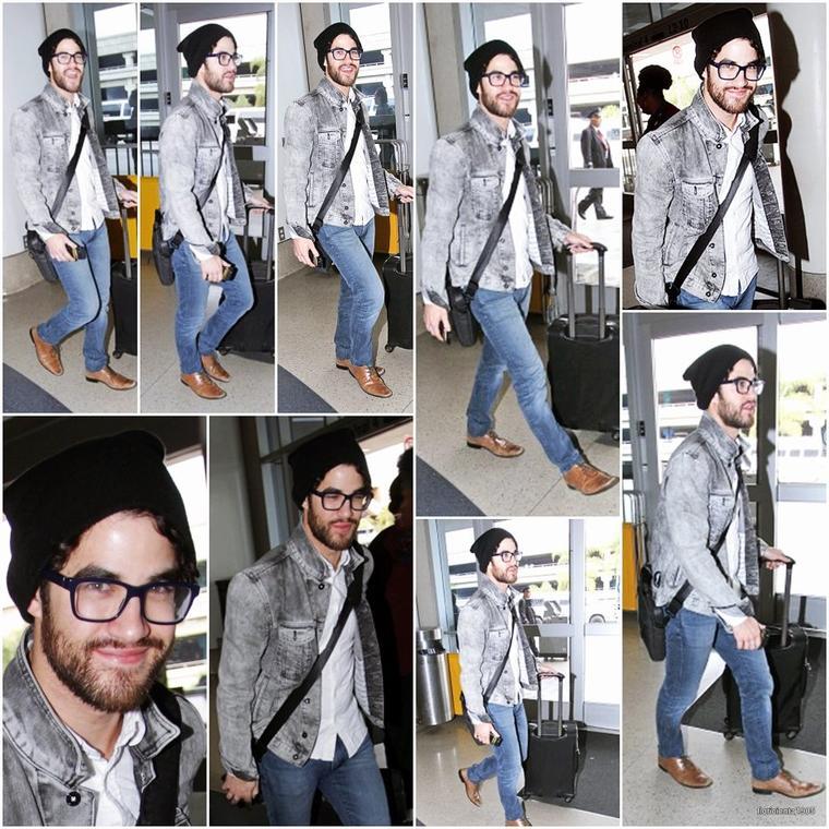 09/01/15:Darren a été aperçu à l'aéroport de LAX.