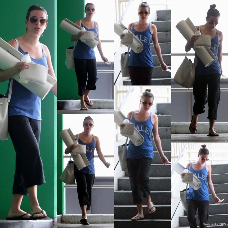 10/03/15:Lea quittant son cours de yoga