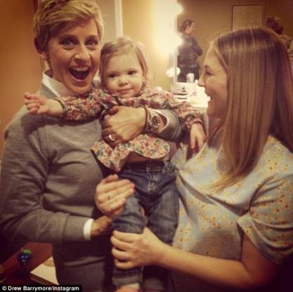 Drew Barrymore enceinte et en famille!