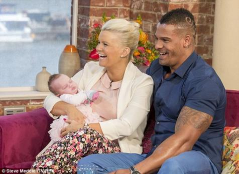 Kerry Katona et sa petite fille Dylan-Jorge!