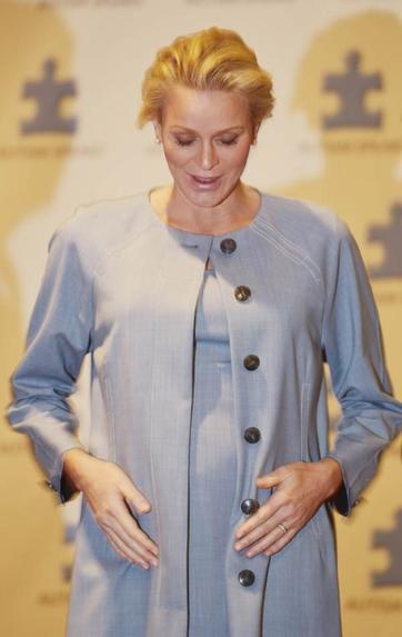 Princesse Charlène de Monaco dévoile ses rondeurs!