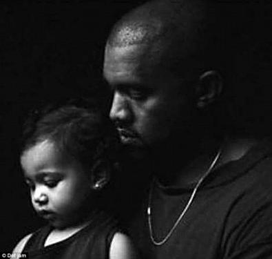 Kim Kardashian et sa fille North!