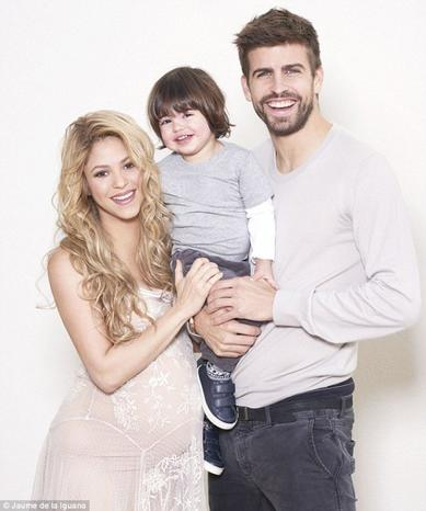 Shakira enceinte de 9 mois!