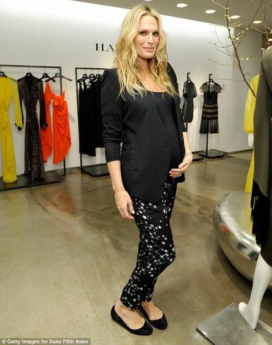 Molly Sims enceinte de bientôt 8 mois!