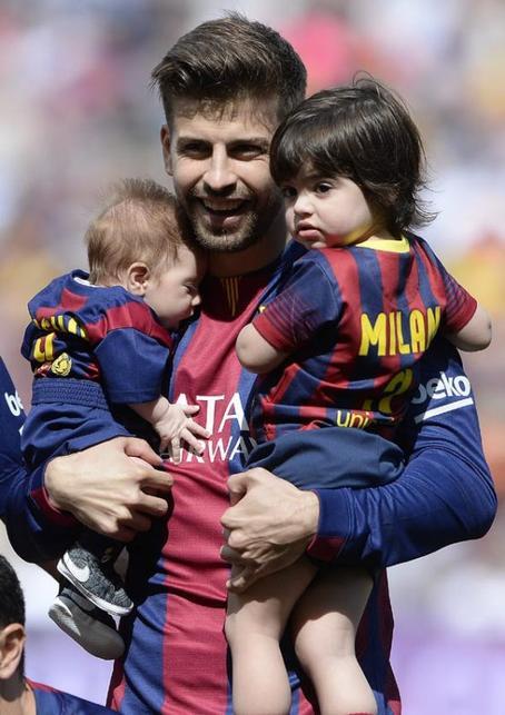 Shakira et ses fils Milan & Sasha!
