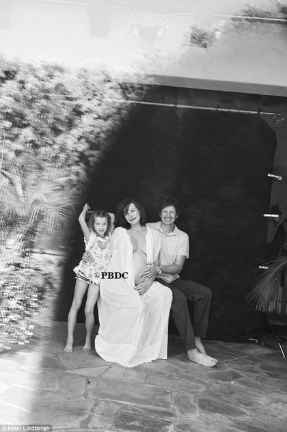 Milla Jovovich en famille!