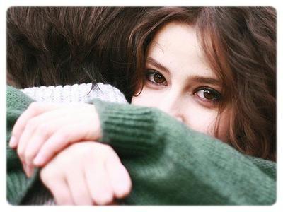 T'es belle quand t'es mal réveillée, et t'es belle je te jure même quand t'as été coiffée par tes couvertures