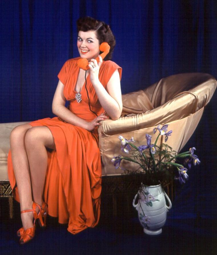 Barbara HALE (18 Avril 1922) (photo N.B. 1955)
