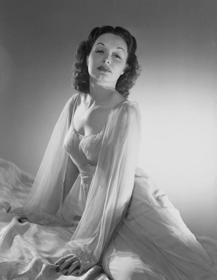Gail PATRICK (20 Juin 1911 / 6 Juillet 1980) (photo sépia 1938)