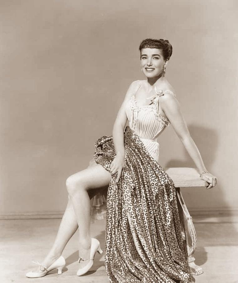 Julie ADAMS (17 Octobre 1926) (photo sépia 1952)