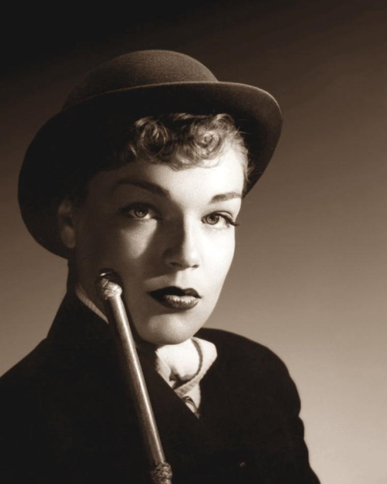 Simone SIGNORET (25 Mars 1921 / 30 Septembre 1985) (photo sépia 1950)